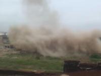 В Запорожской области на территории завода подорвали трубу высотой 90 метров (Видео)