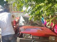 На запорожском курорте грузовик смял легковушку: пострадали 4 человека