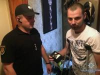Полицейские поздравили с Днем рождения своего коллегу, который полгода лечится после взрыва
