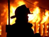 Из горящей запорожской многоэтажки спасли четверо человек и собаку