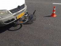 На центральном проспекте Запорожья маршрутчик подмял велосипедиста
