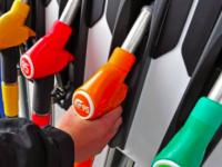В запорожской сети автозаправок торговали поддельным бензином