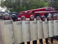 С щитами и дубинками: нацгвардейцы учились подавлять массовые беспорядки в колонии