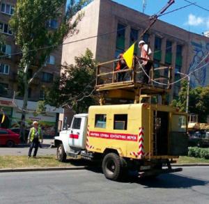 В центре Запорожья из-за поломки троллейбуса транспорт пускают в объезд