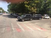 Редактор запорожской газеты попал в аварию с военным