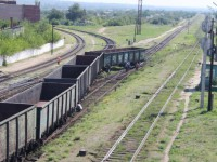 Под Запорожьем с рельс сошёл грузовой поезд (Фото)