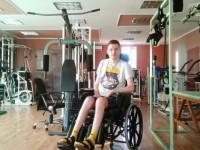 В Запорожье прибыл на лечение оператор, раненный в шею на военных учениях