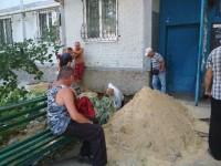 В Запорожской области жители многоэтажки трое суток сидят без света