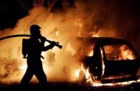 В Запорожье ночью горели 3 автомобиля