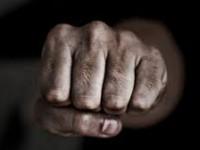 В Бердянске на отдыхе жестоко избили молодого военного
