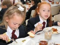 В Мелитополе не смогут обеспечить бесплатным питанием всех младшеклассников