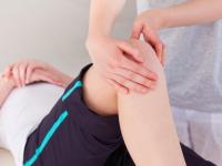 Почему болезнь Шляттера чаще всего поражает подростков и как ее лечить