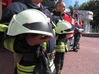 Запорожские спасатели простились с погибшим коллегой под звуки сирен