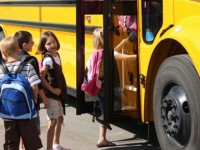 Фиксруйте, фотографируйте: Буряк предлагает жаловаться на маршрутчиков, которые не возят школьников со скидкой