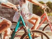 В Запорожье выберут самую оригинальную девушку на велосипеде