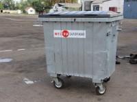 Из-за вандалов-поджигателей в Запорожье установят новые евроконтейнеры для мусора (Фото)