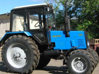 Депутат сельсовета из Запорожской области вовремя не задекларировал трактор за полмиллиона