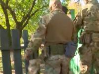 «Оружие есть?» – в сети опубликовали видео задержания боевика «ДНР» в запорожском селе