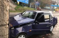 Водитель «Славуты» влетел в бетонную опору моста