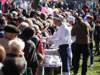 Рекорды и огромные очереди: как в Запорожье прошла Покровская ярмарка (Фоторепортаж)