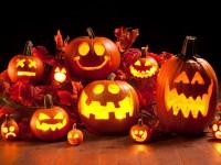 К Хэллоуину готовы: запорожцы в соцсети делятся креативными светильниками из тыкв (Фото)