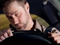 Злоумышленник уснул за рулем авто, которое хотел обворовать