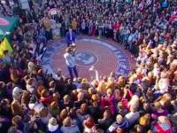 В сети появился праздичный выпуск «Караоке на Майдане», снятый в Запорожье
