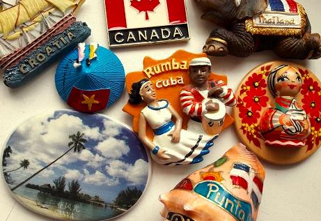 Что запорожцы привозят из путешествий и как советуют экономить на сувенирах