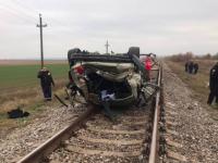 Увеличилось количество жертв аварии с BMW X5, который перевернулся на  ж/д путях