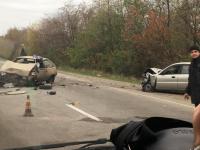 На запорожской трассе столкнулись две легковушки – есть пострадавшие (Фото)