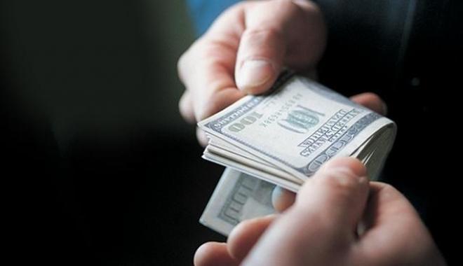 Следователя из Запорожской области задержали на долларовой взятке