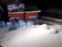 В Запорожье пришла зима: что происходит на дорогах в области
