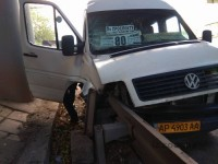 Водителя маршрутки, кузов которой пробило швеллером, оставили на свободе и с правами