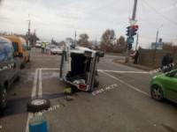 На дороге в Мелитополе перевернулась машина (Фото)