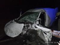 На запорожской трассе водитель легковушки влетел в грузовик – подробности (Фото)