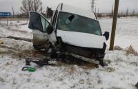 На запорожской трассе  в лобовом ДТП пострадала семья