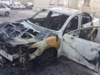 На стоянке сгорел автомобиль начальника экологического департамента, который находится под следствием