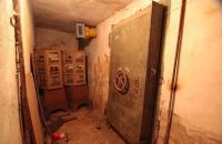 Секонд-хенд вместо укрытия: в каком состоянии находятся бомбоубежища Запорожья (Видео)