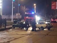 В Бердянске столкнулись «Жигули» – пострадавшего пассажира забрали в больницу (Фото)