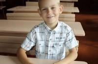Маленький герой, который спас из колодца подругу, стремительно теряет слух