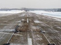 Из-за снегопада запорожский аэропорт отменил и задержал несколько рейсов
