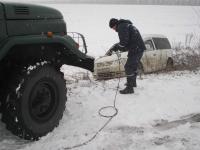 За минувшую ночь из снежного плена достали больше 40 авто