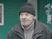 Энергодарский пенсионер живет в подъезде под дверью собственной квартиры