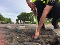 Запорожец, попавший в ДТП из-за ямы на дороге, выиграл дело