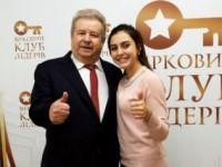 Студентка из Запорожской области поехала на гастроли с Поплавским