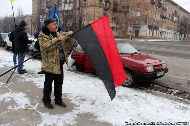 """""""Без факельного шествия"""" : в Запорожье по-своему отметили день рождения Бандеры"""