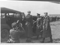 Фото визита Гитлера в Запорожье продают за 125 евро