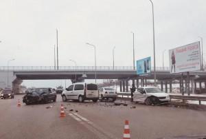 В утреннем ДТП на Бабурке пострадали три человка