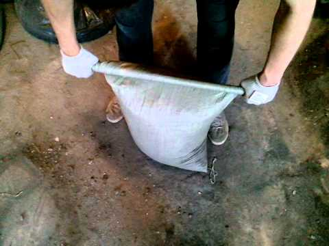 Житель Запорожской области высыпал в Азовское море строительный мусор