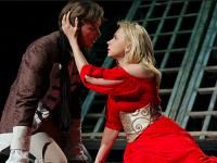 Спектакль для взрослых: украинские звезды везут в Днепр «Коварство и любовь»